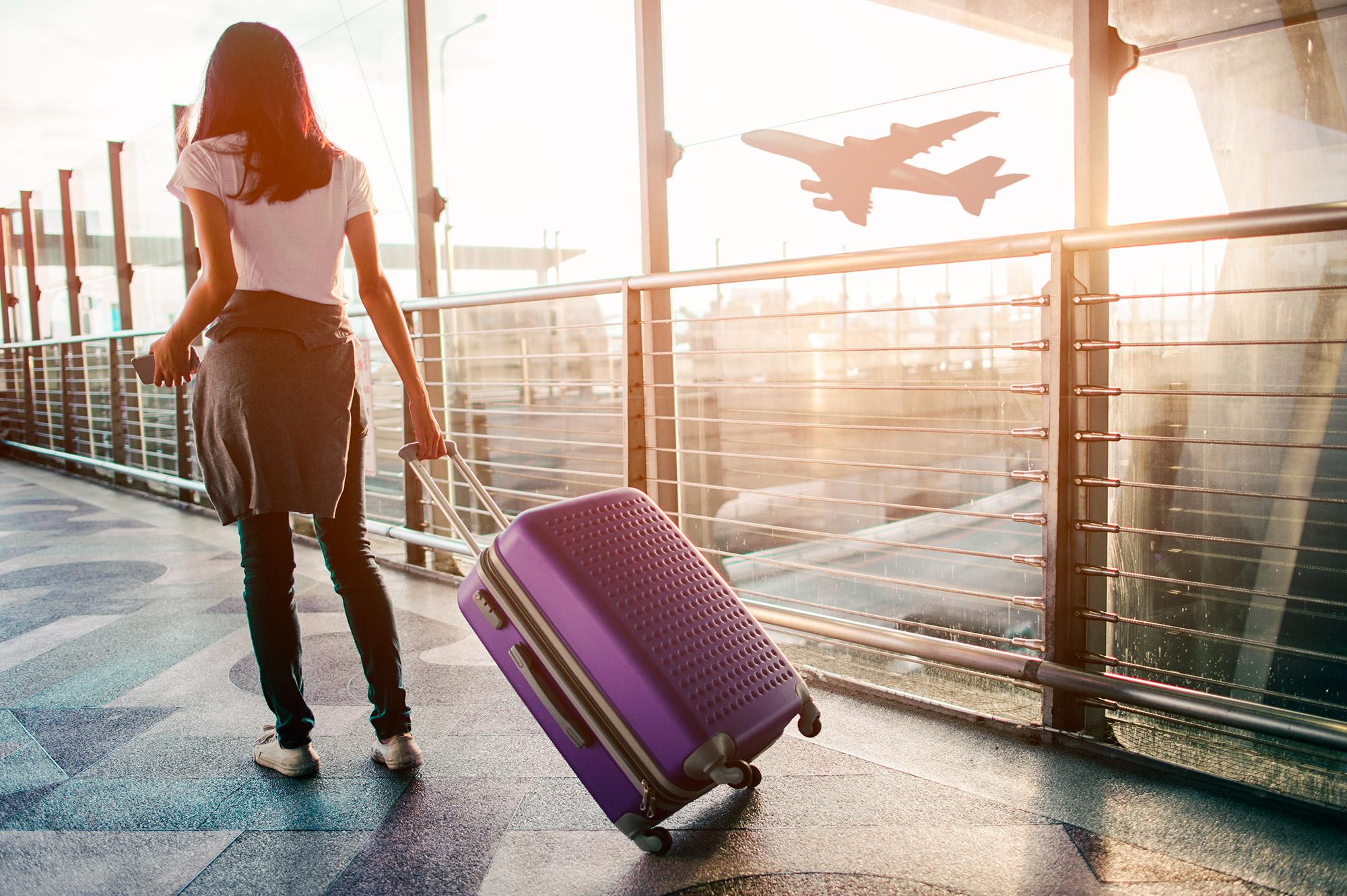 Am Flughafen | von Nutthaseth Van auf Shutterstock